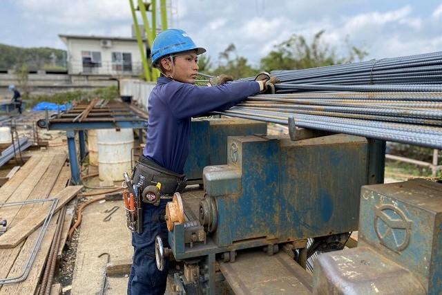 トップページ 沖縄で鉄筋工事はうるま市の合同会社平良産業4